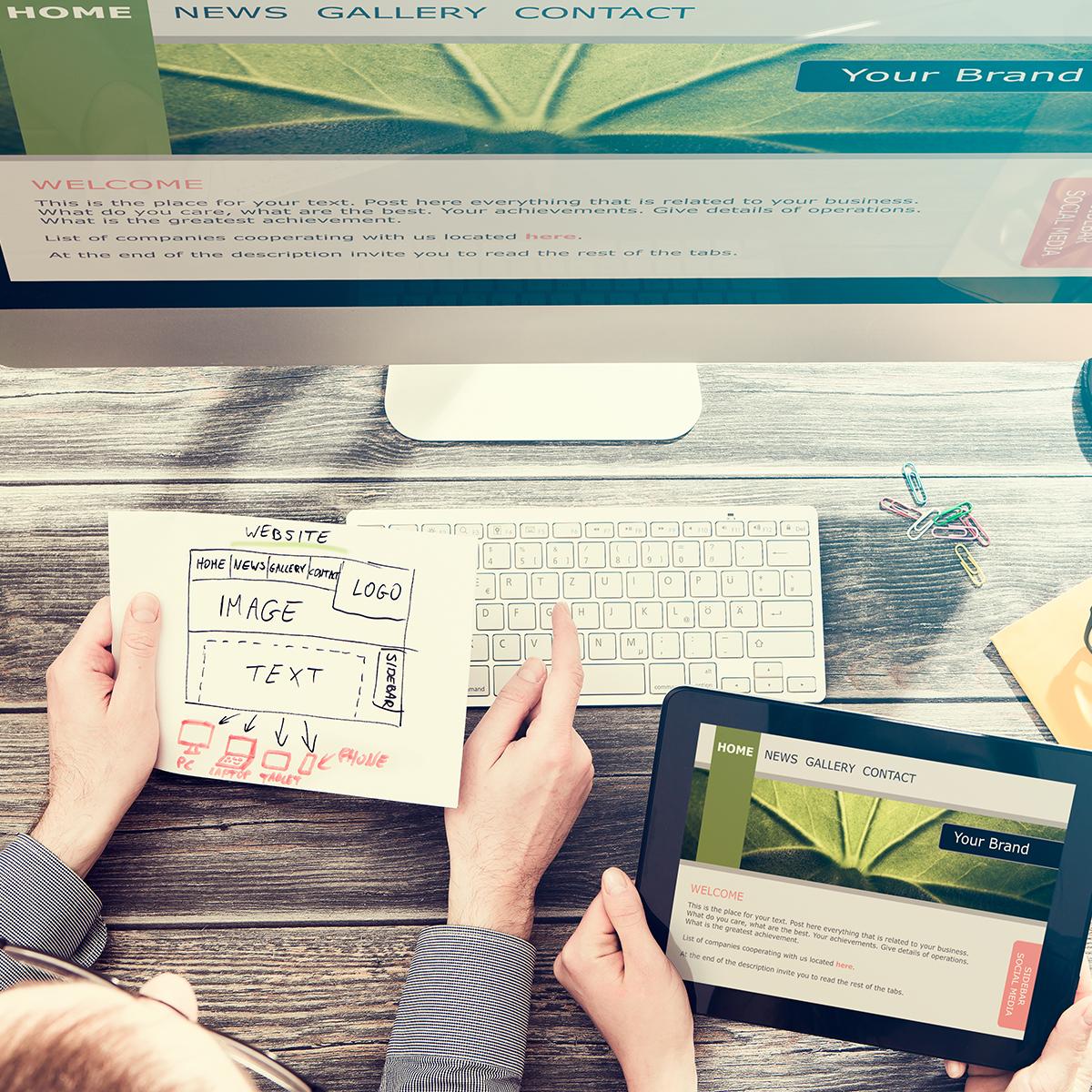 customer-communication-image1-1200x1200