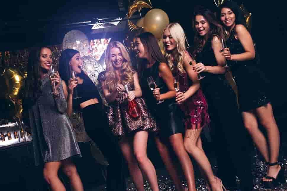 Bachelorette-Party-Club-Crawl