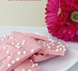 Valentines Day Bark – Gorgeous & Super Simple to Make!