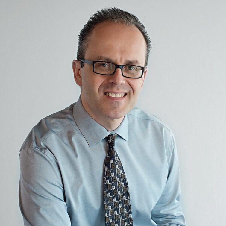Dr. Ivan Cvik