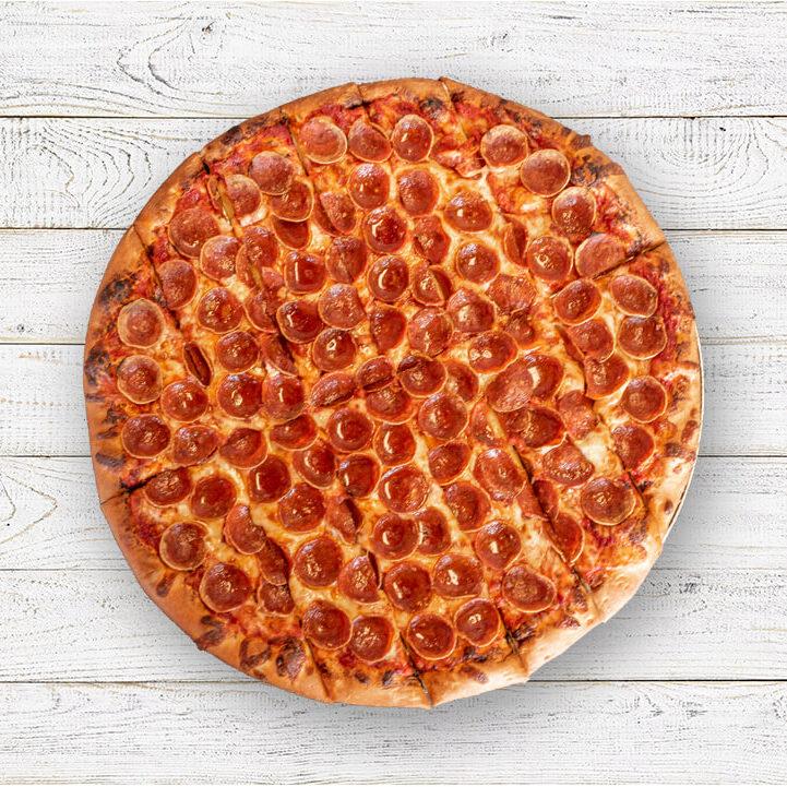 Creno's Pepperoni Pizza