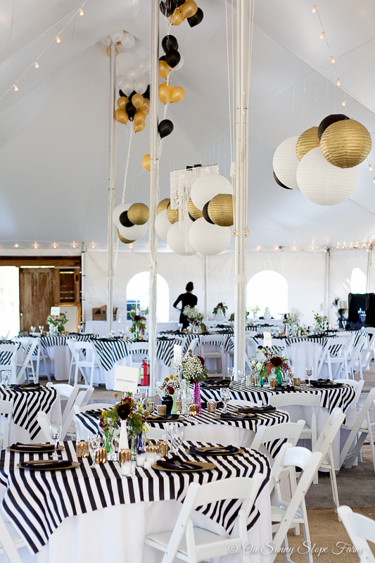 Black White And Gold Rustic Chic Wedding Many Of The Items You See Like Anese Paper Globes Were Left So That Other Brides Can Use Them