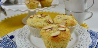Almond-Poppy-Seed-Muffins-Set-lizbushong.com_-1000x667-1
