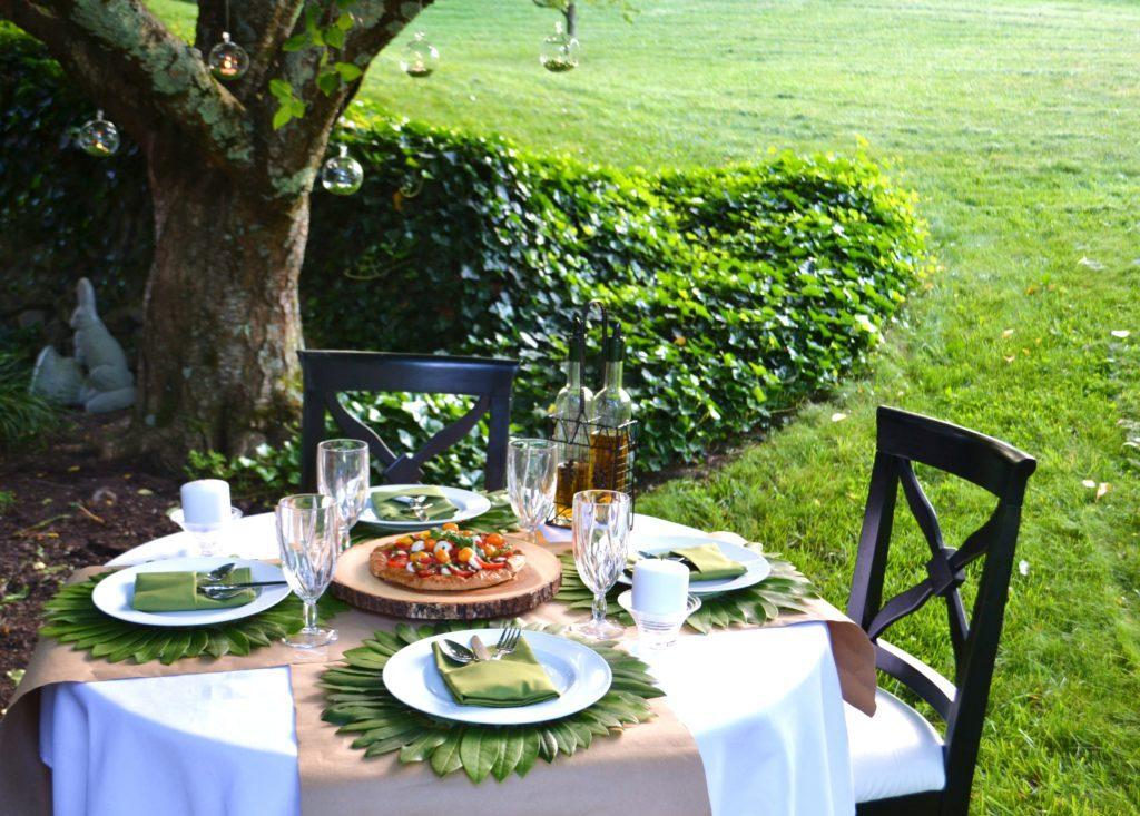 Dining-Alfresco-tablesetting-lizbushong.com_