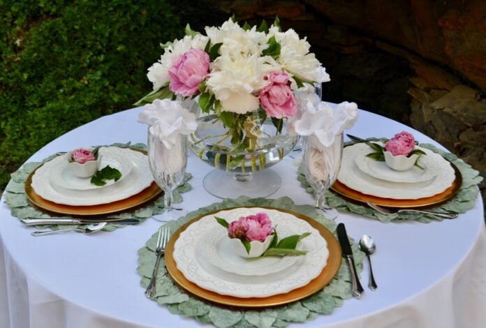 Best Summer Peony Table Scape lizbushong.com