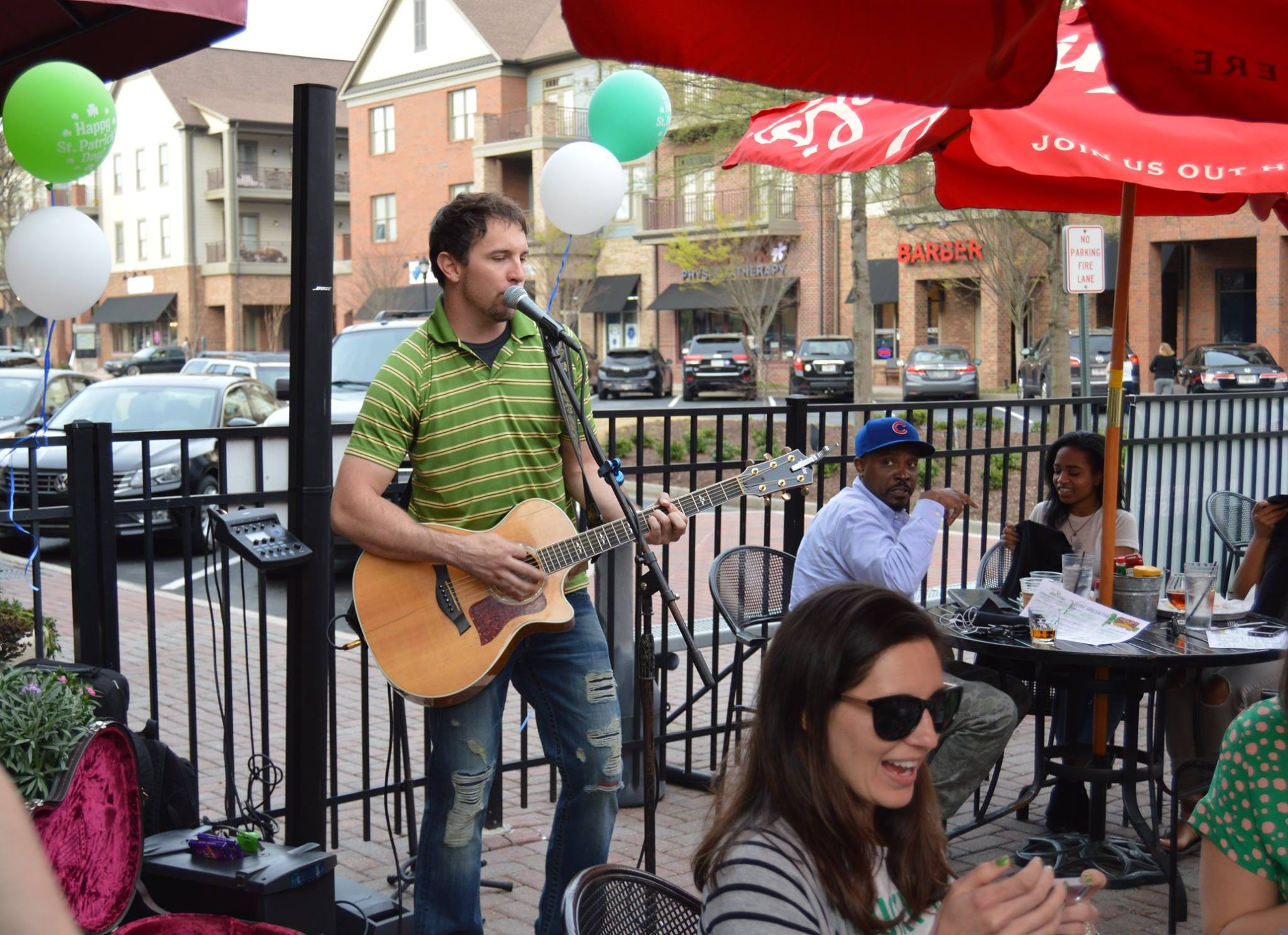 Live Music at McCrays