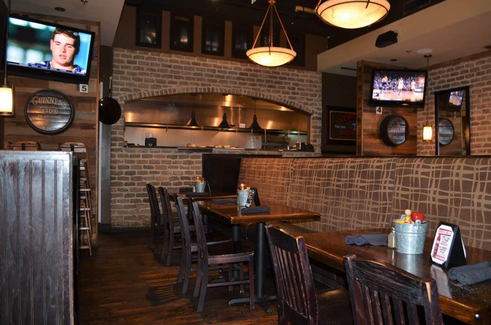 McCrays Smyrna Dining room