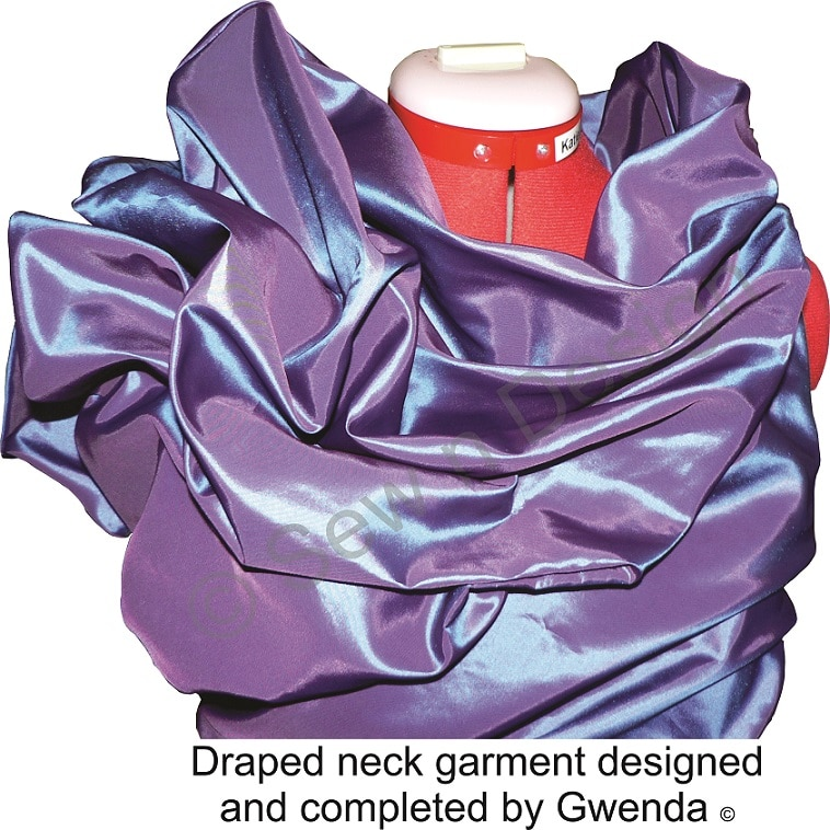 Drape Neck Finish S