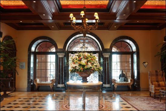 Main Foyer and Lobby