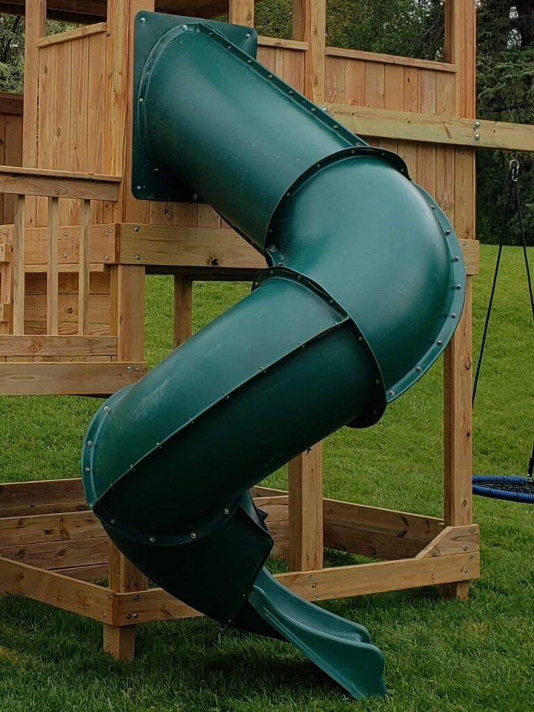 7' Enclosed Spiral Slide