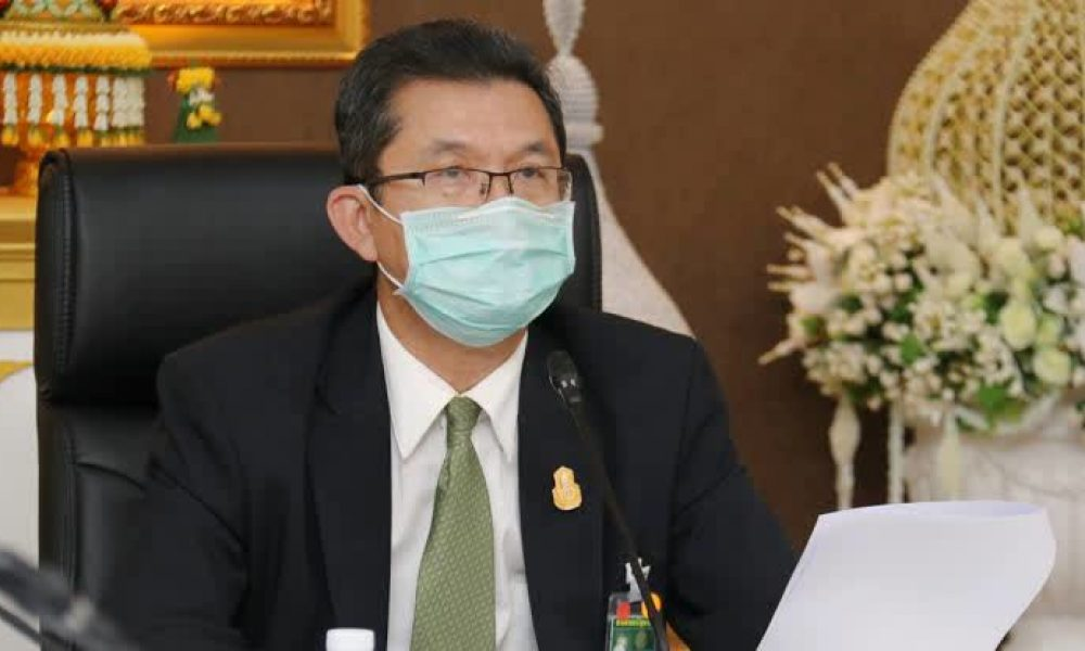Govt rushes to allocate face masks to medical personnel