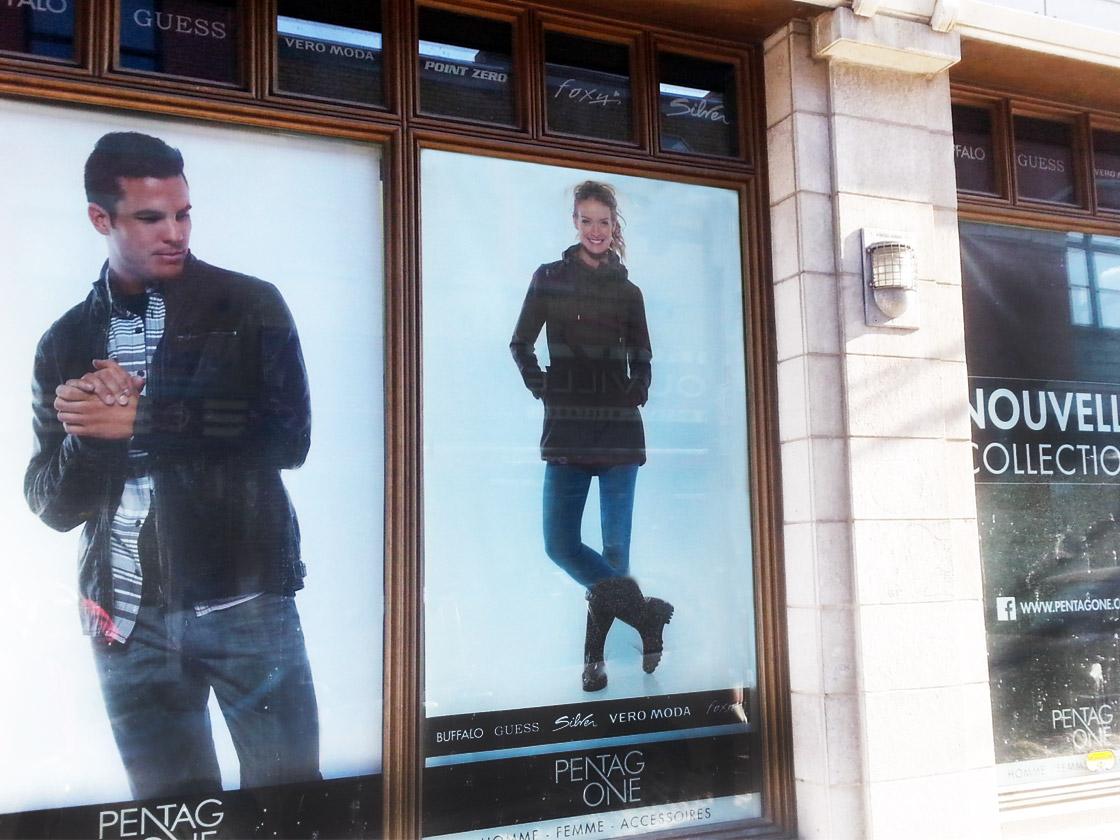 Impression numérique d'affichage pour centres commerciaux