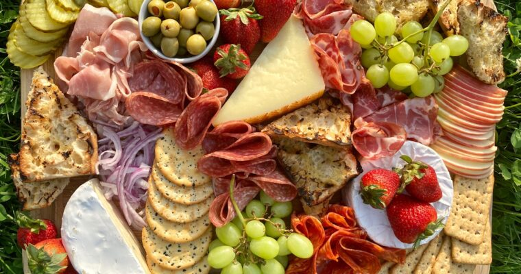 9 Tips for Creating an Impressive Cheese Platter