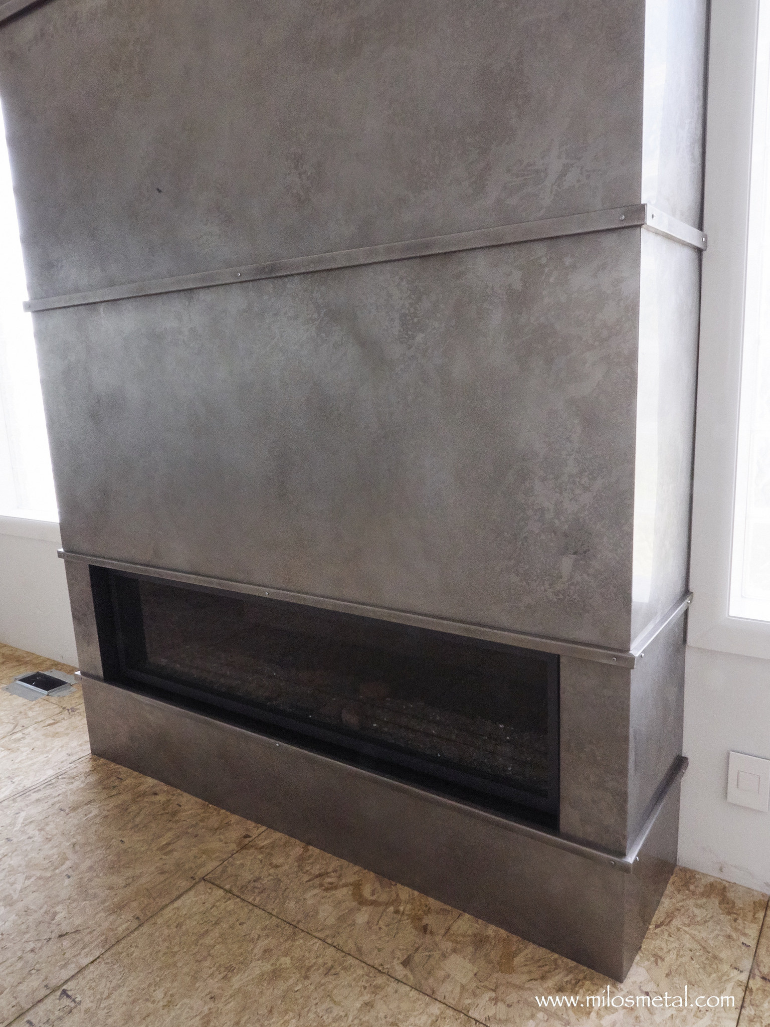 Fireplace Volcanic Stainless Milo S