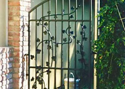 Iron Ivy art gate