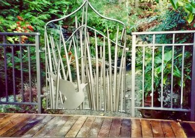 Pond Grass art gate