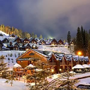 300p-snowy-condos-154831559