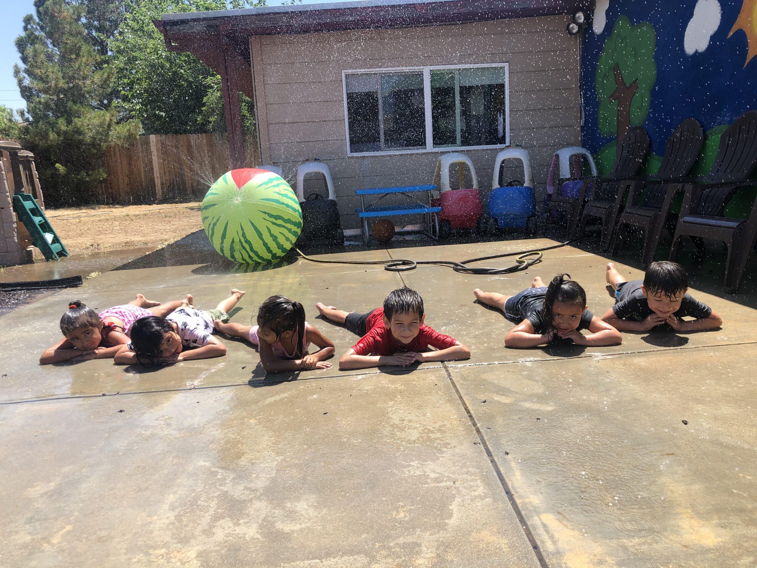 daycare kids Get Wet