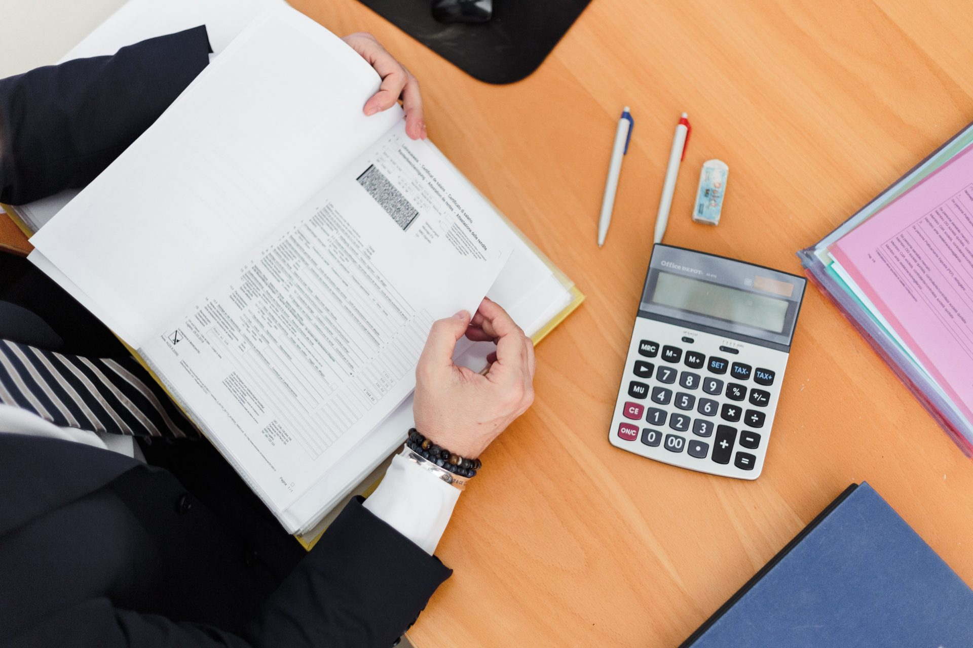 Knowing how to calculate depreciation is an essential tool for a successful business.