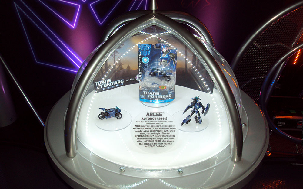 Custom dome display cases for Transformers Great American Tour collectibles