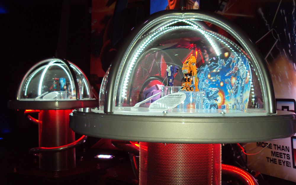 Custom dome display cases for Transformers Great American Tour action figures