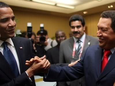 Obama-Chavez-captphoto_124001797771[1]