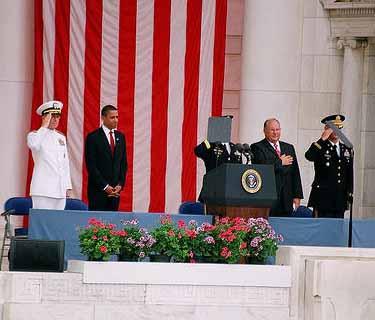 obama_memorial_day_2009_salute