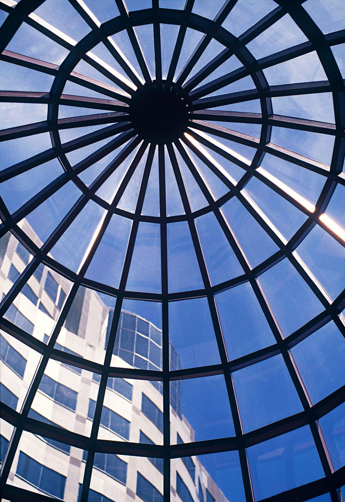 architecture-exterior-portland-oregon-bank-of-america-building_w