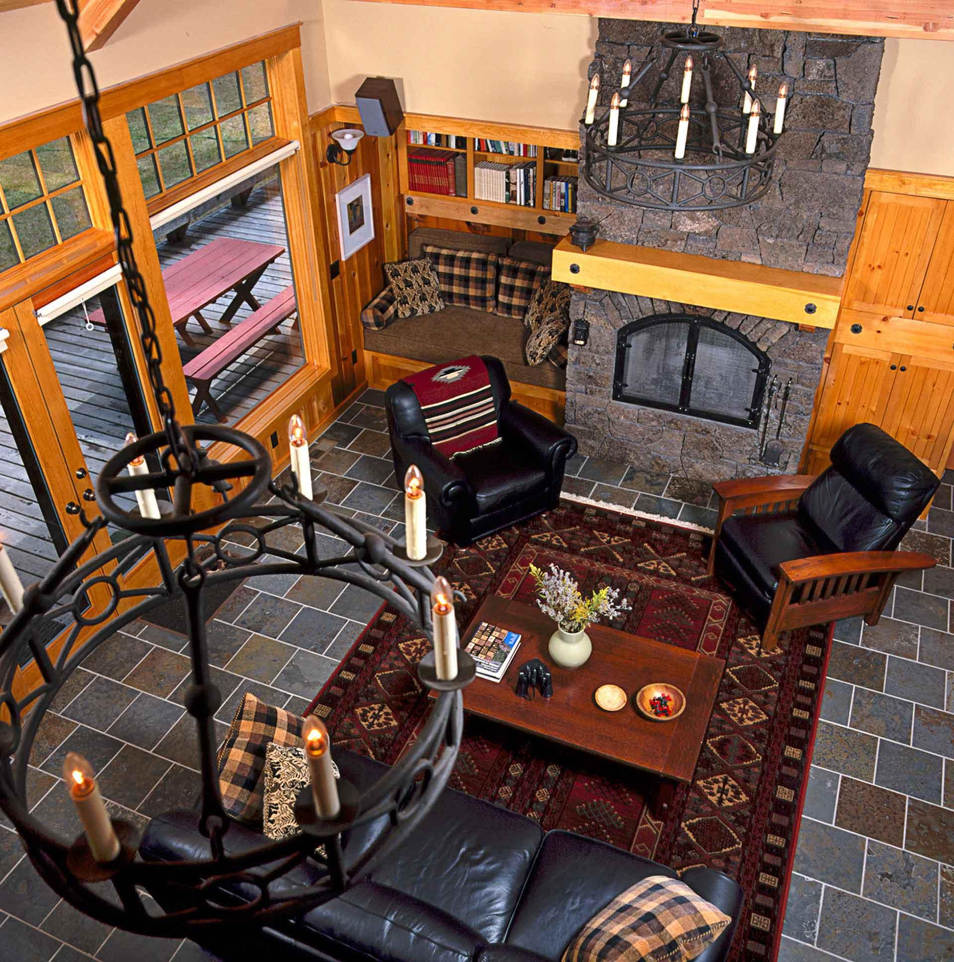 architecture-interior-photography-cabin-livingroom_w