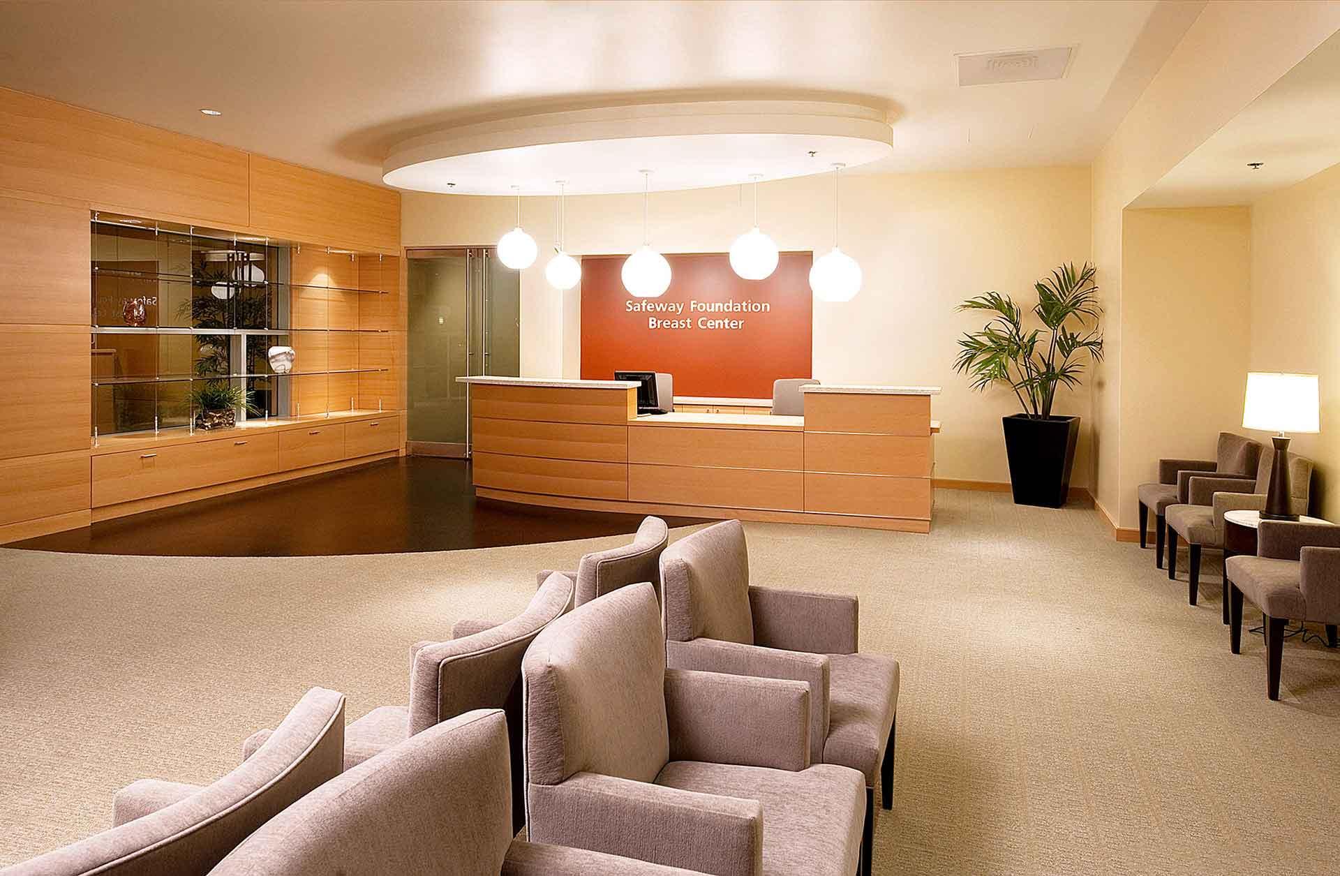 hospital-lobby-front-desk_w