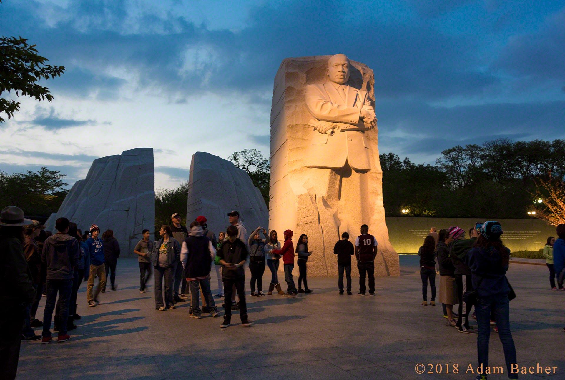 martin Luther king jr memorial, Washington DC at night