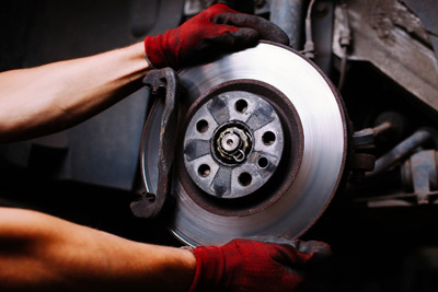 Brake repair shop in Leland NC Geocode: @34.2153851,-78.0160862