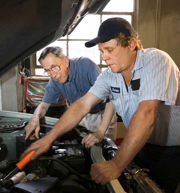 Friendly auto mechanic in Brunswick County Geocode: @34.2153851,-78.0160862