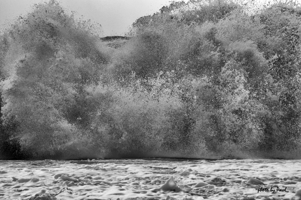 Sandy Wave Crash II