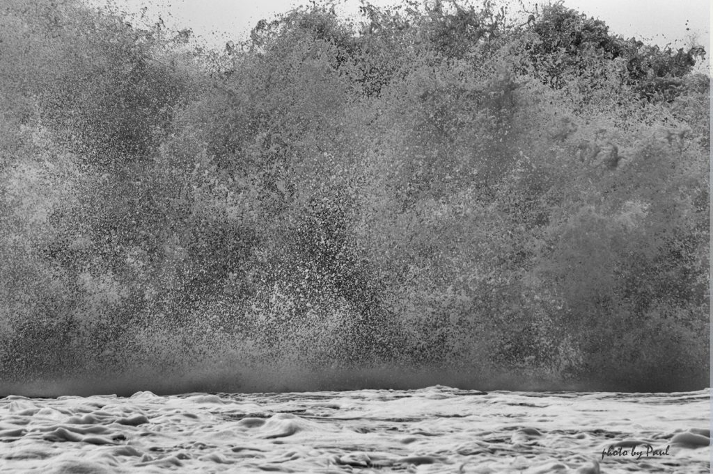 Sandy Wave Crash I