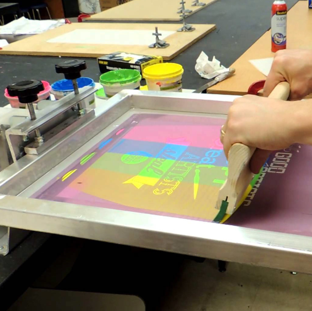 Screen Printer with multi color design