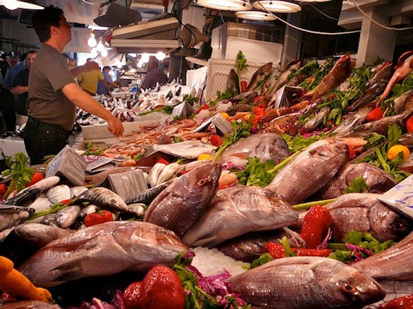 The Central Market fish section is even more alluring than the meats, belying the doomsday predictions that Mediterranean catches are alarmingly low.