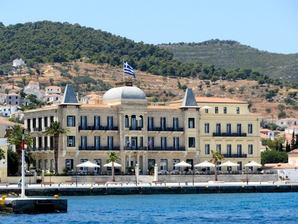 The Poseidonion Hotel, recently renovated, expanded, and still posh.