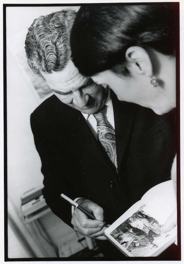 Patrick Leigh Fermor and Elizabeth Boleman-Herring, late 1980s, Athens. (Photo: Aemilios Moriannides)