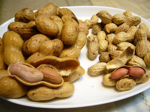 Peanuts: boiled peanuts on the left.