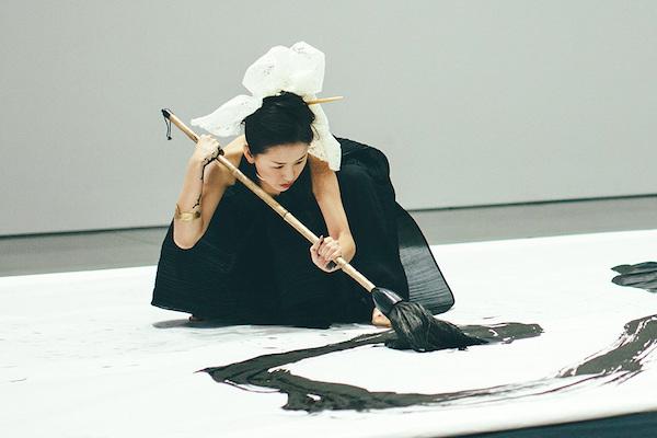 Japanese calligrapher Aoi Yamaguchi at work.