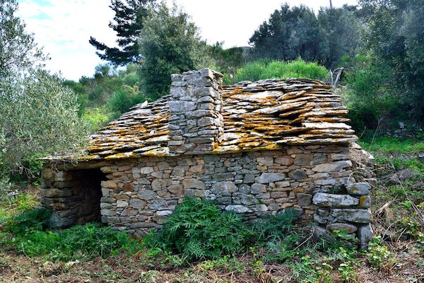 Hut on Ikaria (alas not THE hut).