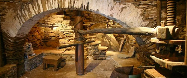 Pitrofos village olive oil press. (Photo: Cyclades Olive Museum)