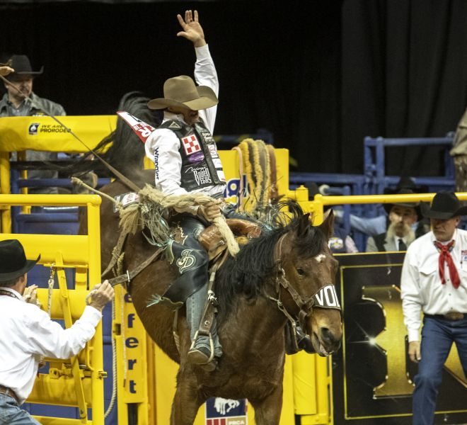 a R4 NFR18 Isaac Diaz One More Reason Wayne Vold Rodeo Andersen R3C_5183