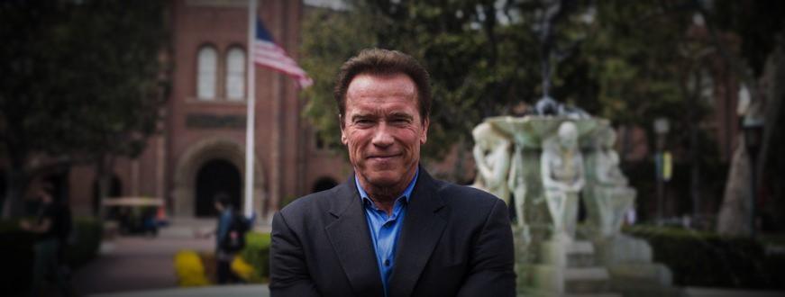 "Schwarzenegger Calls Trump Judge ""American Hero"""