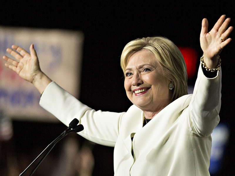 Another Conservative Paper Backs Clinton