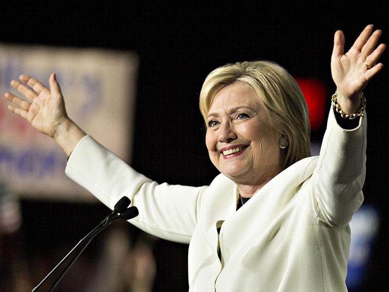 Texas' Largest Newspaper Endorses Clinton