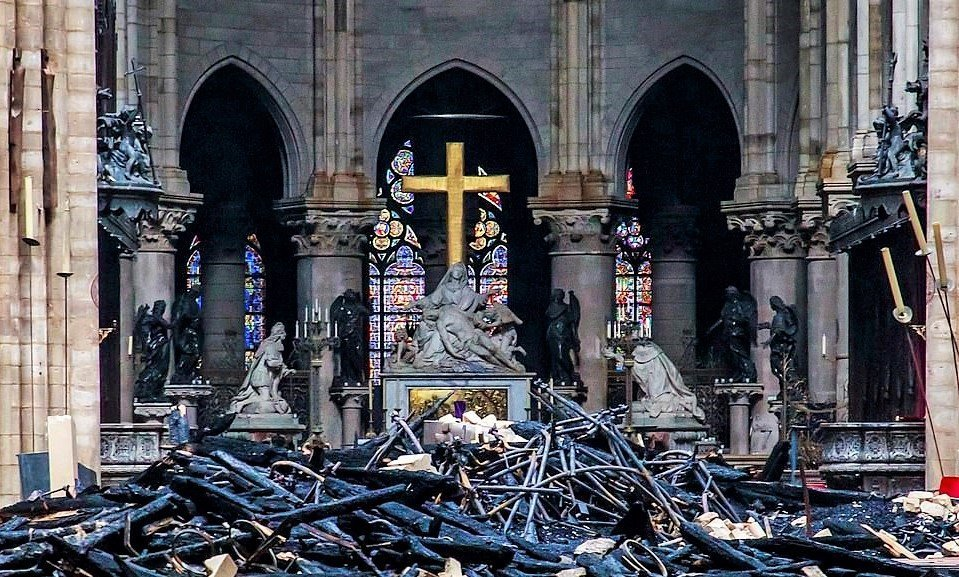 """No Easter At Notre Dame – Still """"Miracle"""" 850 Year Old Cathedral Is Still Standing"""