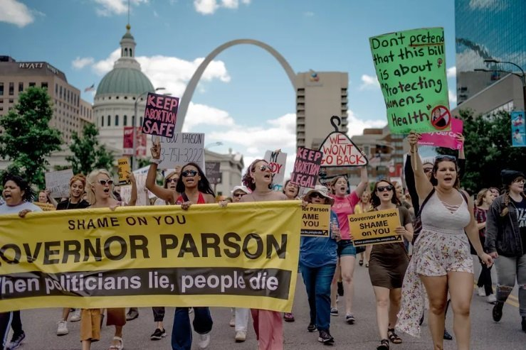 Missouri's Last Abortion Clinic To Remain Open Temporarily – GOP Lawmakers Want It Closed