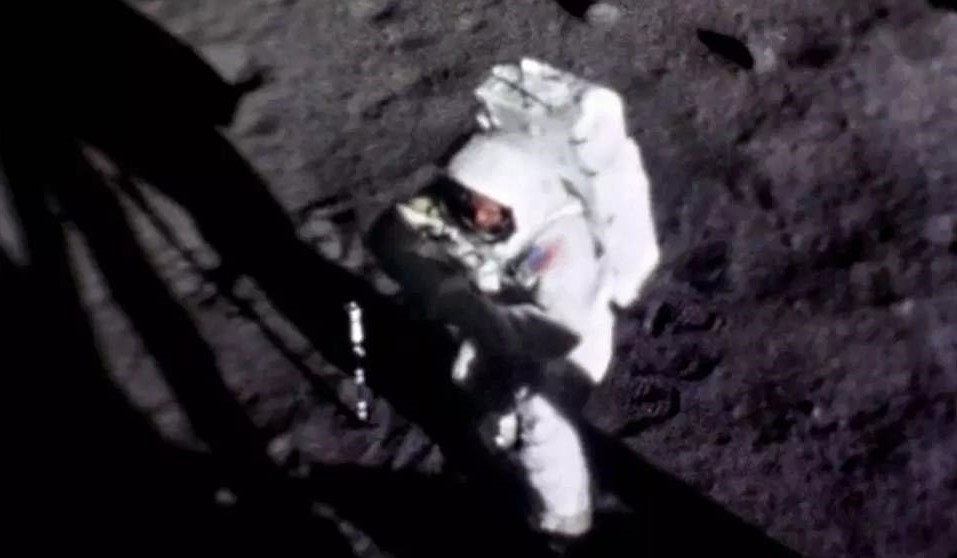 """WATCH: 50 Years Ago Today – Men On The Moon & America United – """"One Giant Leap For Mankind"""""""